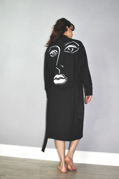 Gown in black with screen print