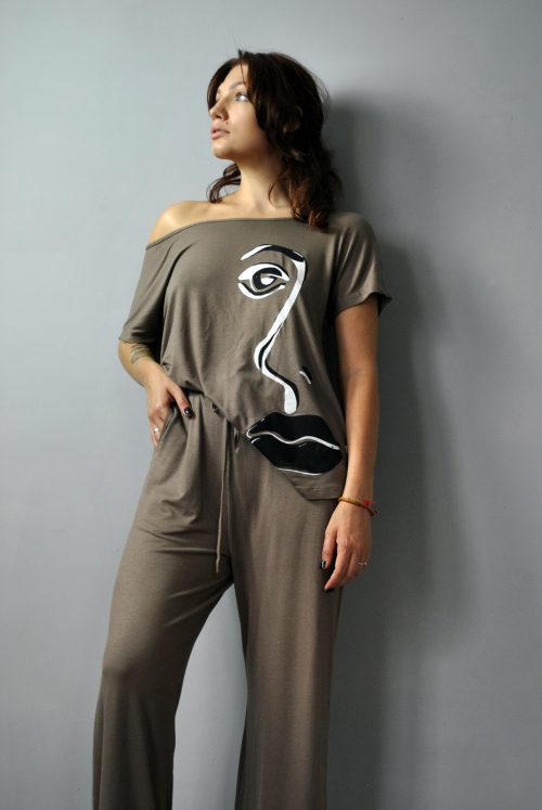 T-shirt style top and wide leg trousers set in mink brown