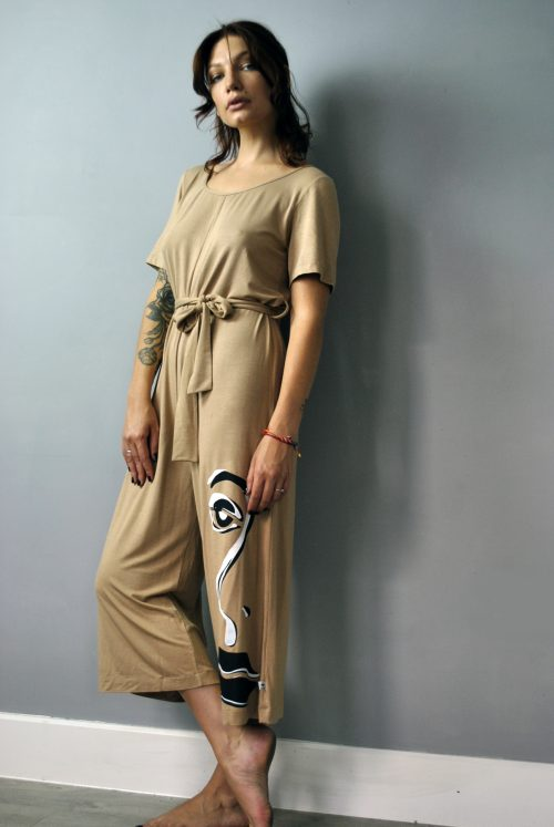 Jumpsuit in sand print with screen print